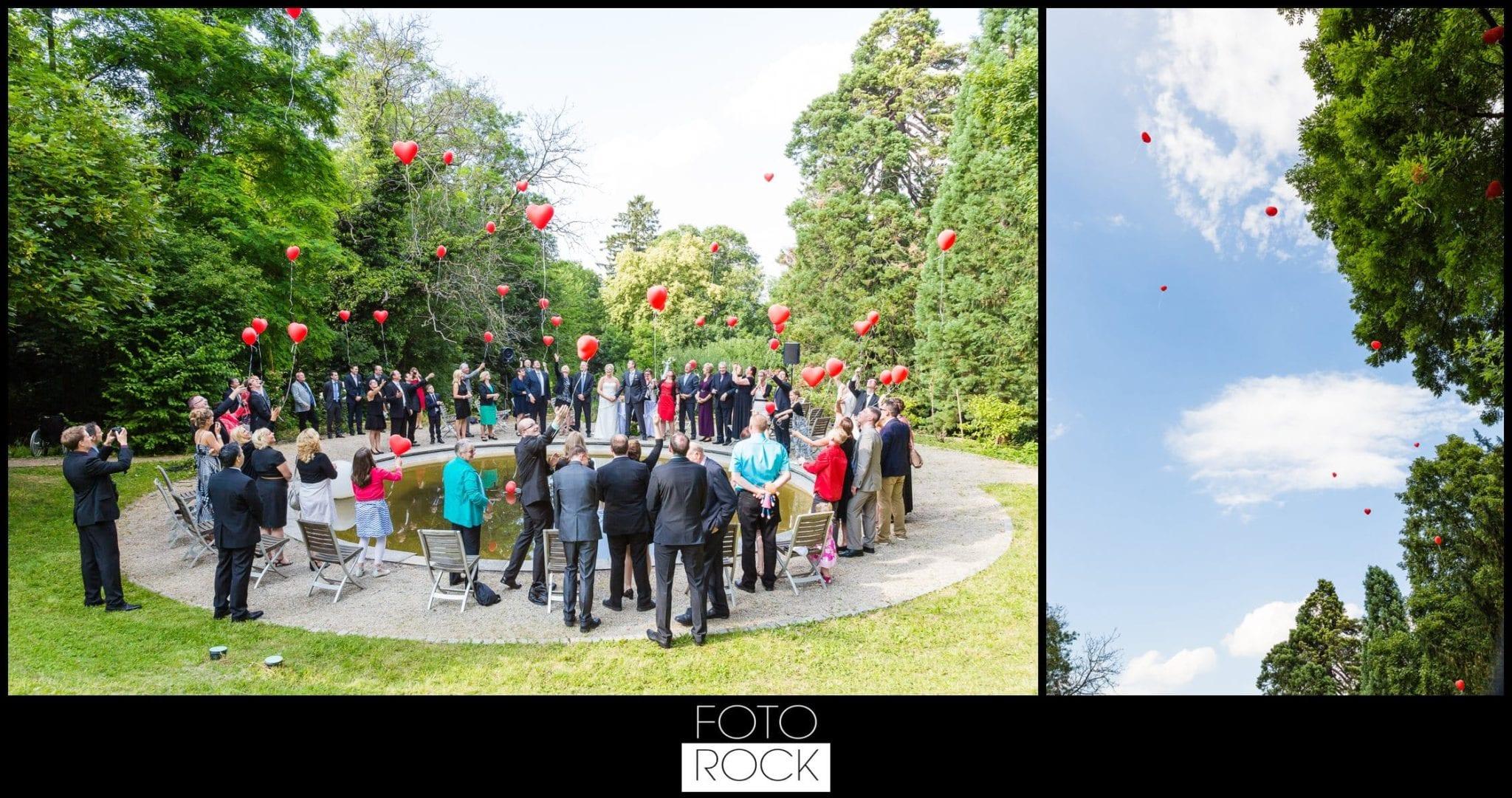 Hochzeit Jesuitenschloss Freiburg luftballons herzen fliegen
