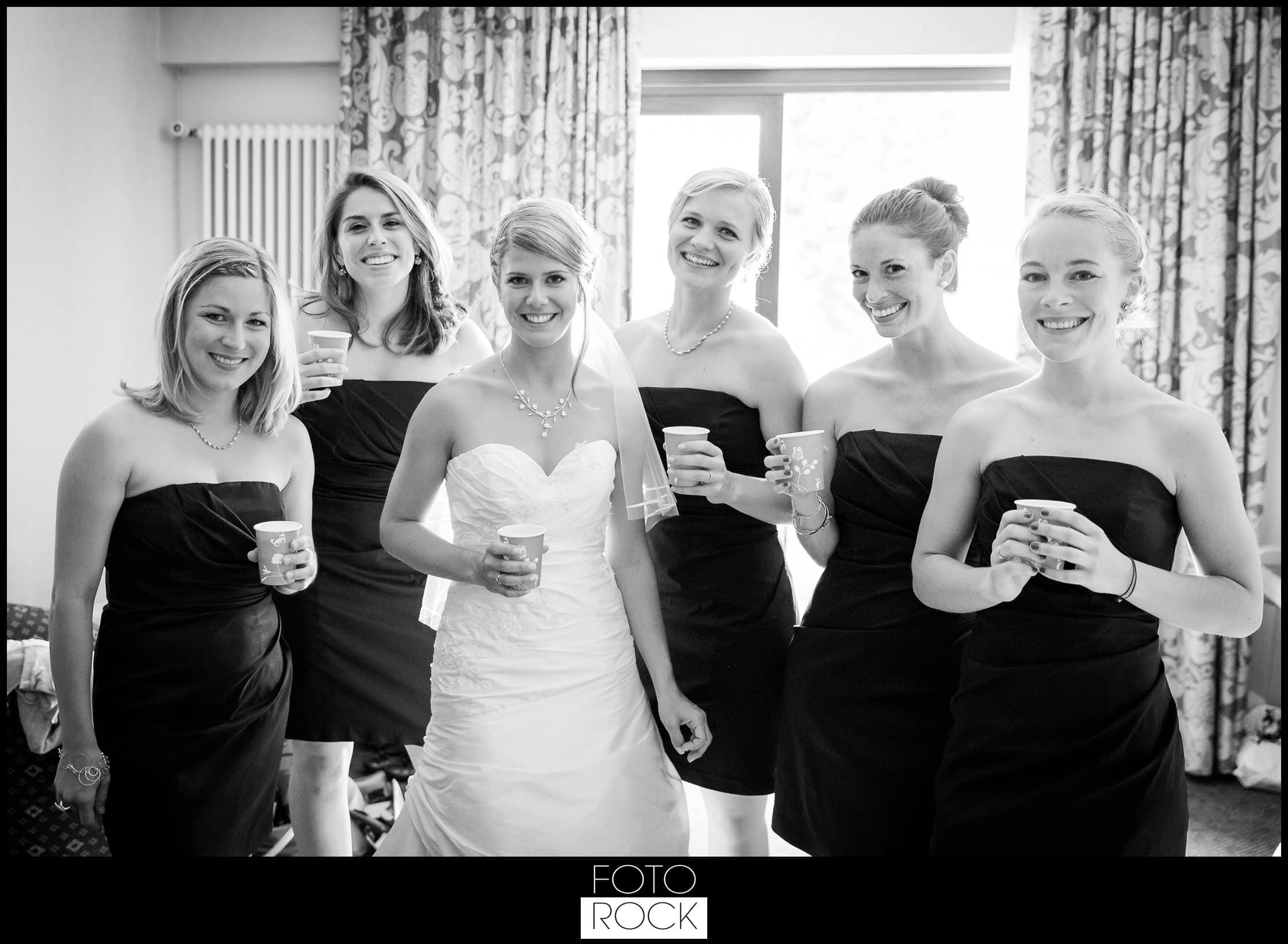 Hochzeit Lilienhof Ihringen Braut Brautjungfern