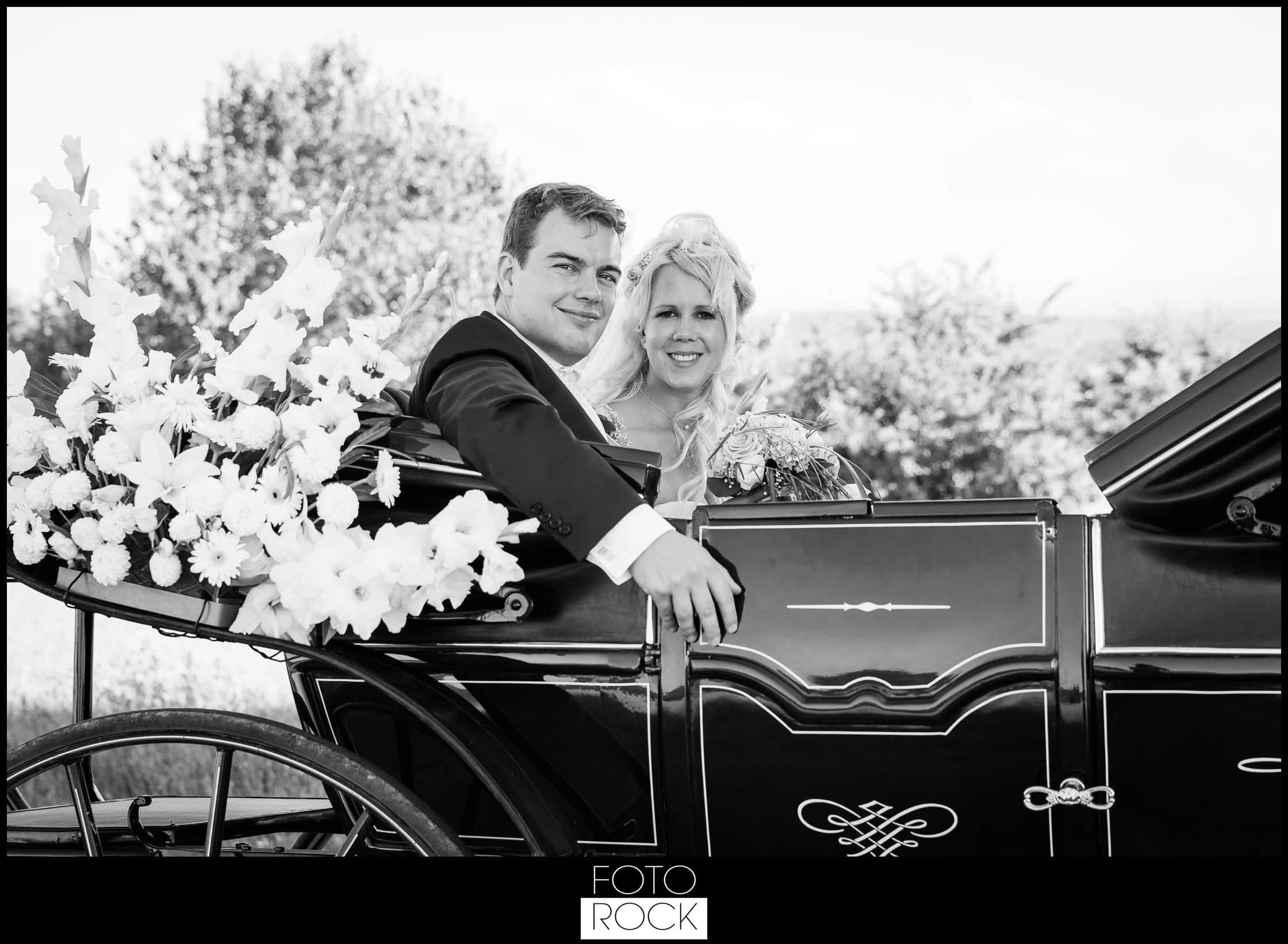 Hochzeit Rafz Albführen Kutsche Brautpaar