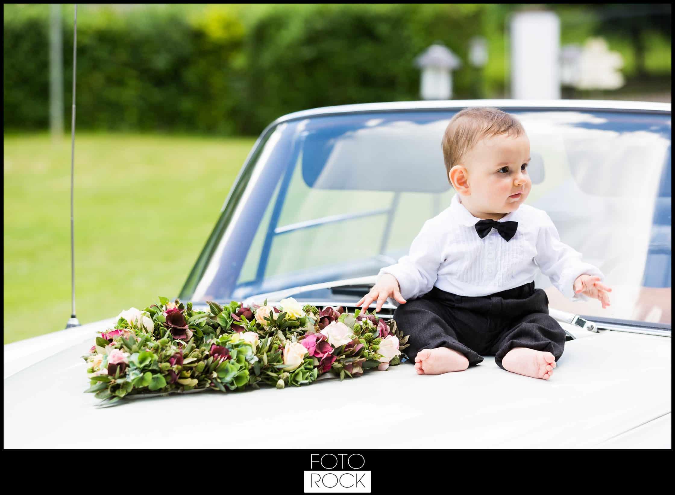 Hochzeit Lilienhof Ihringen Mercedes Oldtimer Kind Blumen