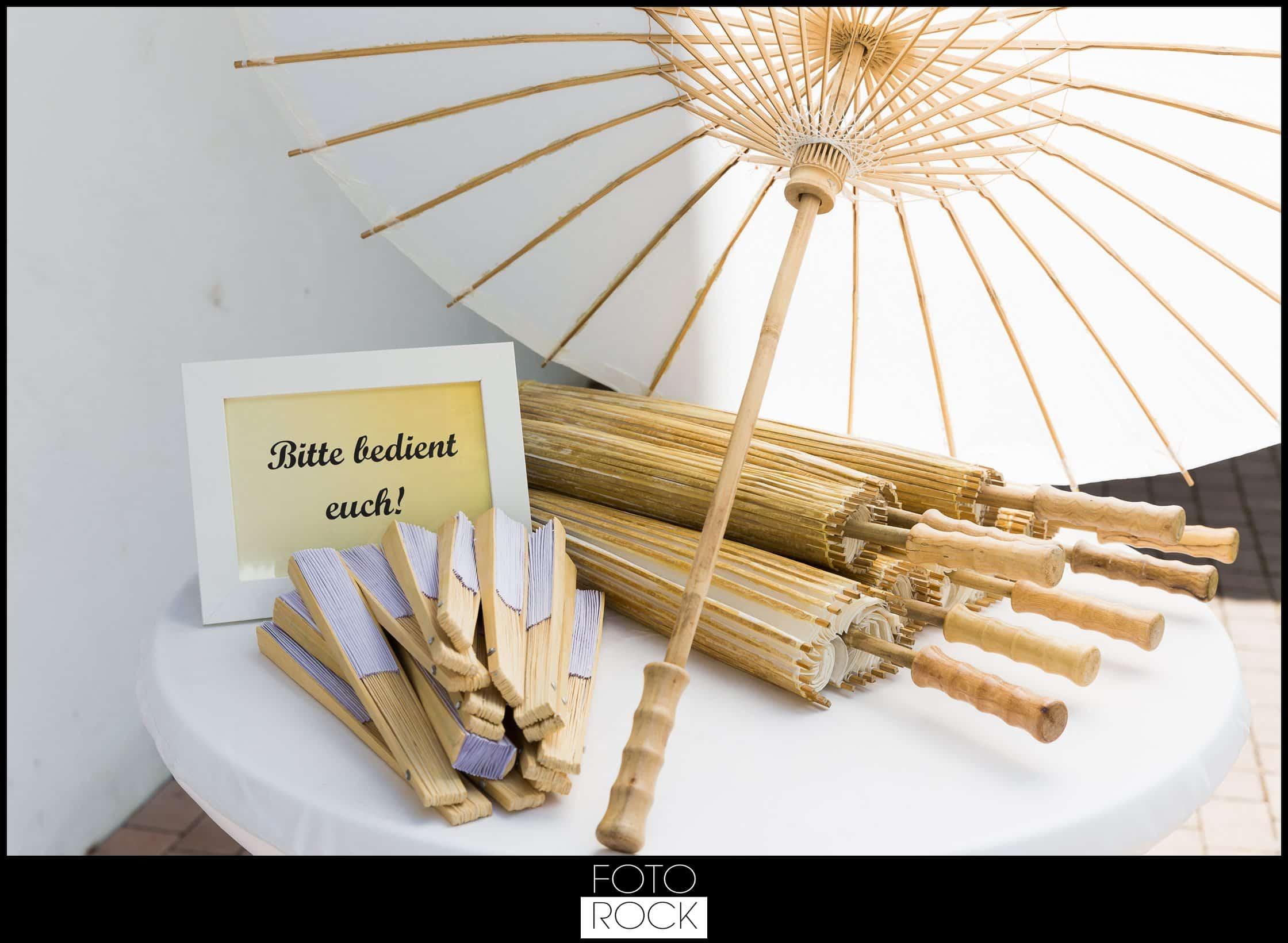 Hochzeit Lilienhof Ihringen Sonnenschirm Fächer