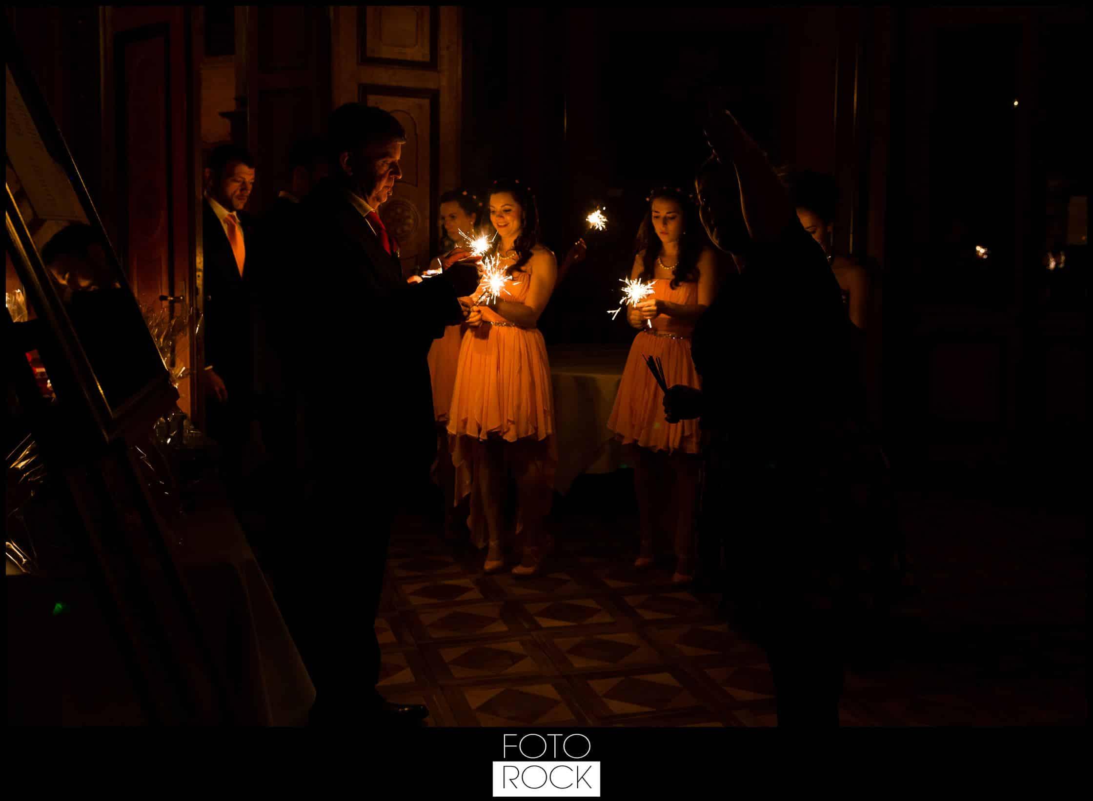 Hochzeit Schloss Meersburg Montfort Bodensee dunkel wunderkerzen leuchtkerzen