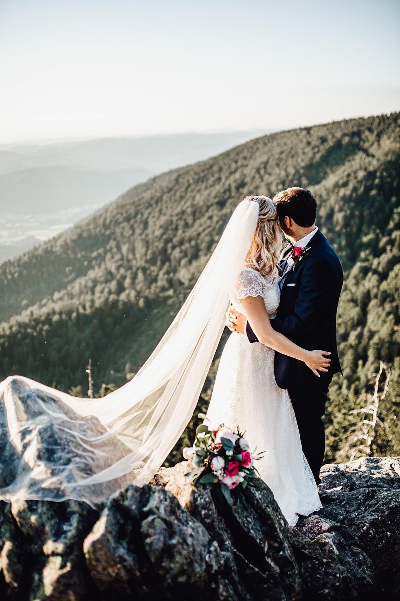 Brautpaar auf dem Kandelfels.